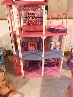 Barbie Pink 3-Story Dream Townhouse with Elevator for Sale in MONTGMRY, IL