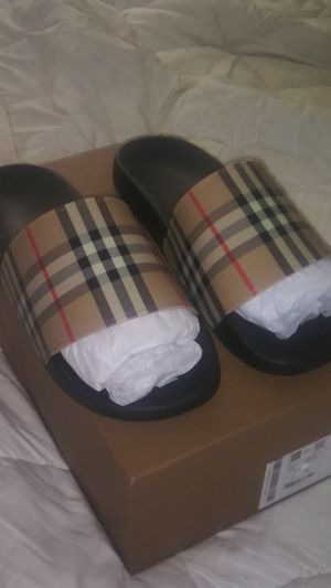Mens Burberry sandals for Sale in San Bruno, CA