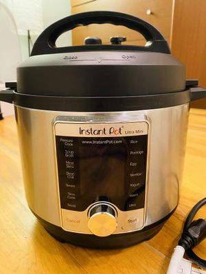 Instant Pot Ultra 3 Qt 10-in-1 for Sale in Chicago, IL