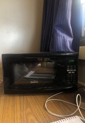 Sunbeam microwave for Sale in Honolulu, HI