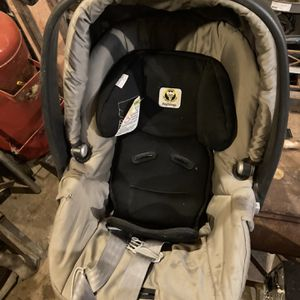 Peg-Perego Primo Viaggio SIP Car seat for Sale in Broadview Heights, OH