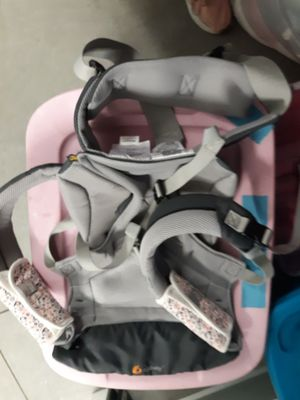 Baby carrier for Sale in Smyrna, TN