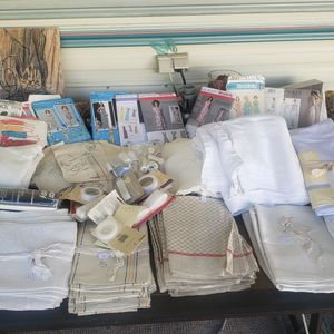 Linen And Nice napkins sewing stuff for Sale in Fresno, CA
