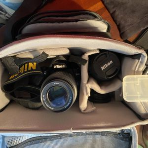 Nikon D40 Camera With Multiple Lens for Sale in Lutz, FL