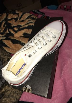 Brand new size 7 women converse 5.5 men for Sale in Brooklyn, NY