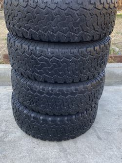 Set of 4 265/75/16 Bfgoodrich for Sale in Bakersfield,  CA