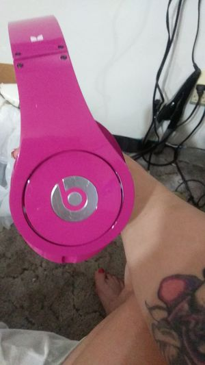 Pink Beats By Dre Headphones for Sale in Tucson, AZ