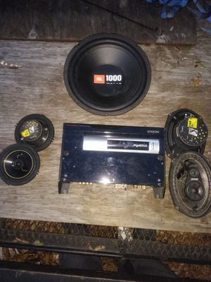 Car audio system amp and speakers for Sale in Tampa, FL