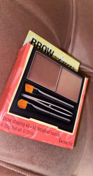 Benefit brow shaping kit for Sale in San Leandro, CA
