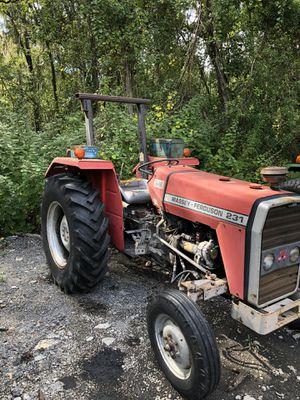 Massey Ferguson tractor for Sale in Lakeland, FL