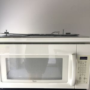 MICROWAVE OVEN WHIRLPOOL for Sale in St. Cloud, FL