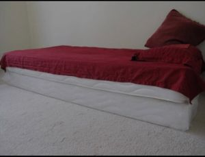 Twin bed box frame and mattress for Sale in Chicago, IL