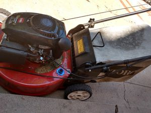 Toro self propelled lawn mower for Sale in Denver, CO