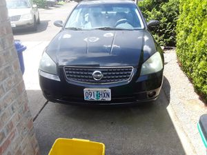 2005 Nissan altima for Sale in Portland, OR
