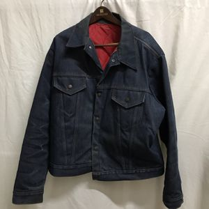 Vintage Denim Jean Trucker Jacket Men's Size Large Made in USA for Sale in Seattle, WA