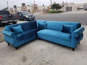 NEW 7X9FT JUAGUAR TELL BLUE FABRIC SECTIONAL COUCHES for Sale in Yucca Valley, CA