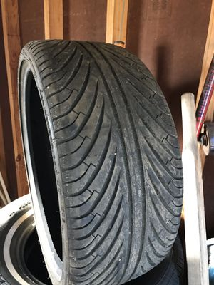 Tire 255/30/22 for Sale in Dallas, TX