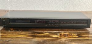 Vintage 1980s Technics ST-S77 AM/FM Quartz Synthesizer Stereo Tuner Tested for Sale in Peoria, AZ
