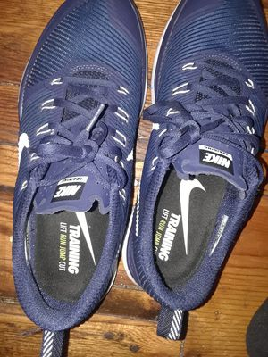 Running shoes Nike for Sale in Detroit, MI