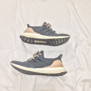Adidas Ultra Boost Women's for Sale in Houston, TX