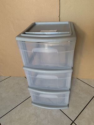 plastic drawer (firm price) for Sale in Santa Ana, CA