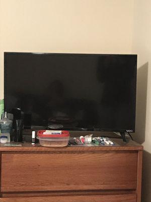 32 inch vizio smart tv for Sale in Silver Spring, MD