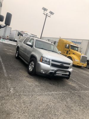 2011 Chevy Suburban for Sale in Los Angeles, CA