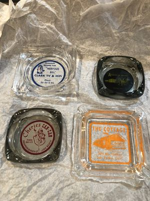 Old Vintage Ash Trays from Southern California. Four different businesses. Good condition no cracks or chips for Sale in Artesia, CA