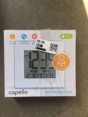 Self-setting clock for Sale in Smyrna, TN