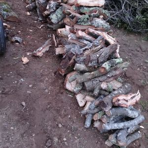 Firewood Oak $100 A Truck Load for Sale in Watsonville, CA
