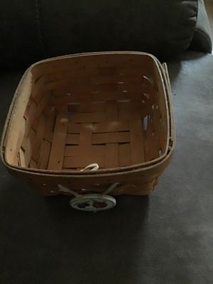 Fruit basket longaberger collection for Sale in Columbus, OH