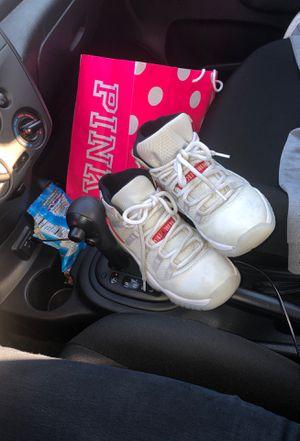 Used 6 1/2 Jordan 11s for Sale in Los Angeles, CA