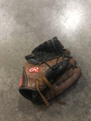 Rawlings baseball glove for Sale in Tualatin, OR