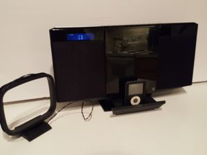 Panasonic Compact Stereo System with iPod® Dock, CD, Aux in AM/FM radio for Sale in Conover, NC