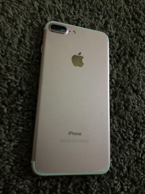 Iphone 7 Plus UNLOCKED for Sale in Oliver Springs, TN