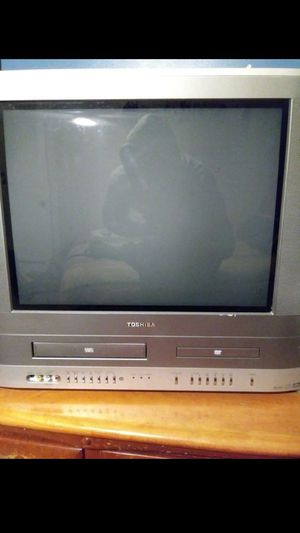 Toshiba DVD/VHS TV for Sale in Grosse Pointe Farms, MI