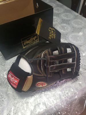 """Rawlings 12.75"""" Gold Glove Series Righthanded Glove - RGG303-6B Rawlings for Sale in Brooklyn, NY"""