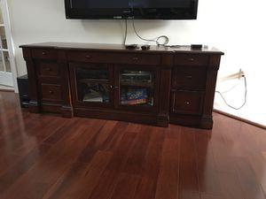 TV console stand for Sale in Ashburn, VA