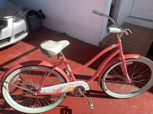 Beach cruiser pink bikes 2 of them one good condition offer for Sale in Miami, FL