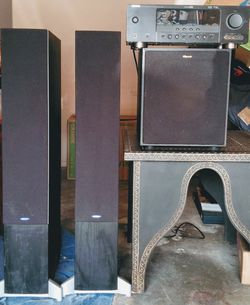 Yamaha Surround Sound Receiver, Two Tower Energy Speakers, Klipsch Subwoofer for Sale in Martinez,  CA