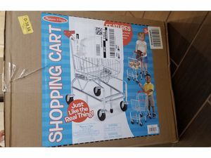 NIB - Melissa and Doug Shopping Cart for Sale in Fowler, CA