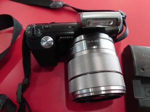 Sony NEX-5 for Sale in Bridgeport, CT