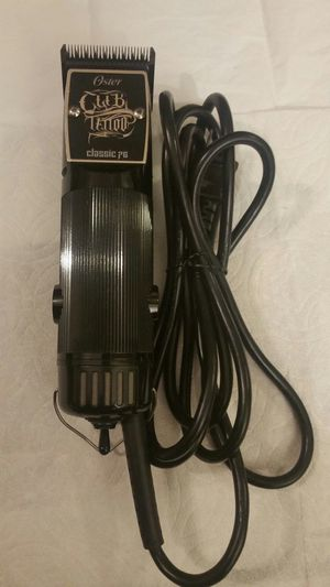 Oster 76 tatto hair clipper limited edition whit detachable blade for Sale in Phoenix, AZ