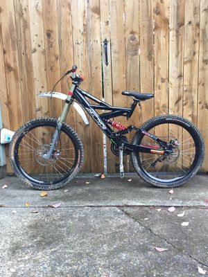 Awesome azonic eliminator downhill bike for Sale in Tigard, OR