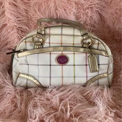 """Old """"Tattersall"""" Coach Purse for Sale in Nashville,  TN"""