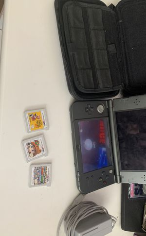 Nintendo 3DS XL comes with charger three games and case or best price for Sale in Irving, TX