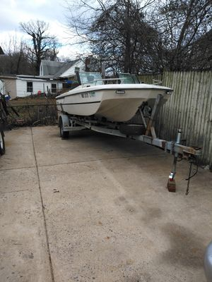 Nice fishing boat for Sale in Riverdale, MD