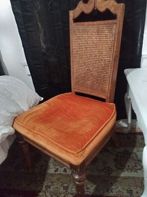 Vintage chair for Sale in Fresno, CA