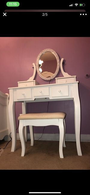 Makeup table vanity LED lights for Sale in Springfield, VA