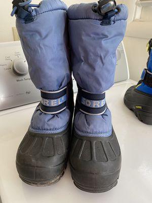 Sorbel kids snow boots size 3 for Sale in Watsonville, CA